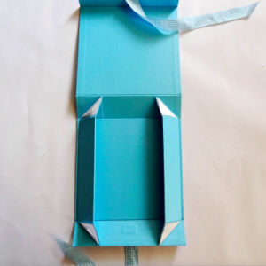Baby Blue Folding Paper Gift Box with Ribbon pictures & photos
