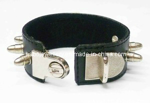 PU Leather Bracelet (XBL12595) pictures & photos