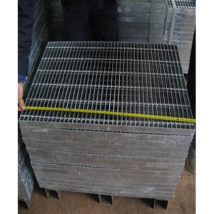 Small Grid Galvanized Steel Rail Fence pictures & photos