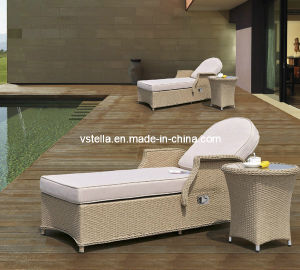 Wicker Rattan Outdoor Rattan Chaise Lounge with Side Table pictures & photos