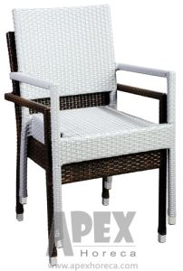 Outdoor Chair Bistro Rattan Restaurant Garden Furniture Arm Chair (AS1044AR) pictures & photos