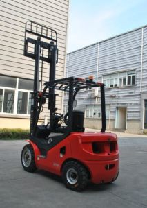 Un New Red 2500kg Dual Fuel Gasoline/LPG Forklift with Triplex 6.0m Mast pictures & photos