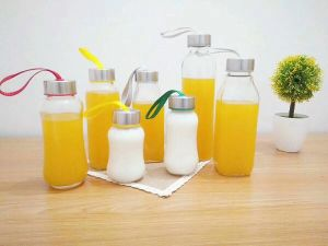 ISO Certified 450ml Beverage Glass Bottles for Juice, Milk, Water pictures & photos