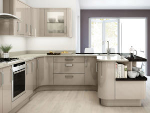 Modern Laminate Kitchen Cabinet Lacquer Kitchen pictures & photos