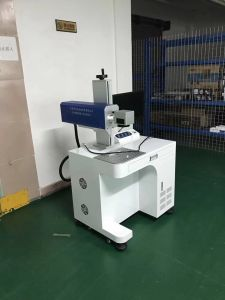 Fiber Laser Marking Engraving Machine for Jewelry Gold and Silver pictures & photos