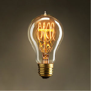 A19 Antique Retro Vintage E27 40W 60W 220V Edison Light Bulb pictures & photos