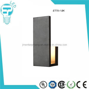 Et75-1 Black L Shape LED Wall Light Outdoor Lamp pictures & photos