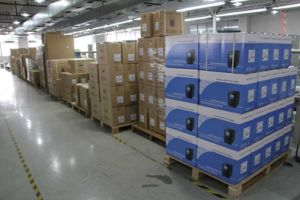 AV2k 2000va/36V Line Interactive UPS & Inverter pictures & photos