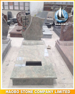 Granite Headstone with Full Length Kerbs pictures & photos