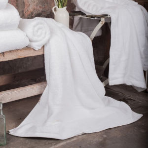 Hotel Guestroom 100% Ring-Spun Cotton Towels pictures & photos