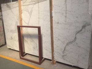 Beautiful & Good Quality Top Quality Calacata White Marble Slab pictures & photos