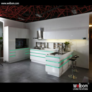 2016 Welbom High Quality Modern Lacquer Kitchen Cabinet pictures & photos