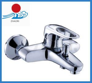 Single Handle Bath-Shower Mixer Water Faucet (ZR21501) pictures & photos