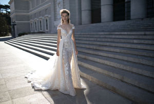 Sheer Neckline Bridal Gown Short Sleeves Betra Wedding Dresses B1608 pictures & photos