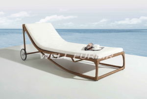 All-Weather Wicker Chaise Lounge / Unadjustable Single Rattan Sun Lounger pictures & photos