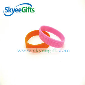 100% Embossed Silicone Handband for Wedding pictures & photos