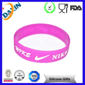 Logo Debossed or Embossed Promotion Silicon Wristband pictures & photos