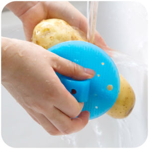 Hot Selling Vegetable &Fruit Silicone Brush pictures & photos