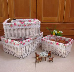 (BC-WB1024) High Quality Handmade Natural Willow Basket/Gift Basket pictures & photos