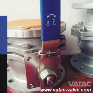 Floating Ball Valve with Locking Device pictures & photos