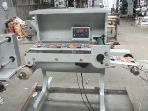 Flate-Bed Inspection Machine Zb-320 for Label pictures & photos