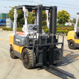 Four Wheel Drive Forklift Loading Machine pictures & photos