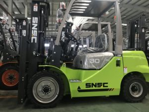 Snsc 3000kg Automatic Diesel Forklift with Isuzu Engine pictures & photos