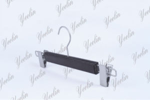Hot Sale Fashion Leather Pants Hanger with Metal Clips (YLLT33118-BLKUS1) pictures & photos