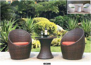 Top PE Rattan Tea Table for Courtyard and Gardon Chair pictures & photos