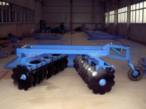 Semi-Mounted Heavy-Duty Disc Harrow pictures & photos