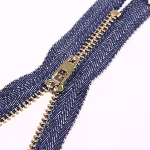 No. 4 Gold Brass Zipper Jean Tape Yg Slider pictures & photos