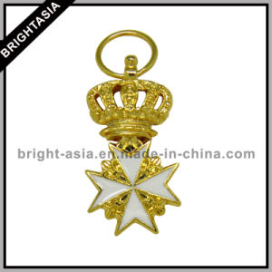Gold Crown Key Chain for High Quality Promotional Gift (BYH-10690) pictures & photos