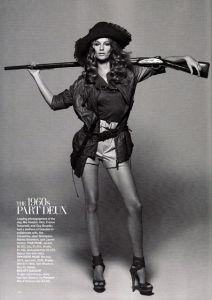 Saddle Stitched Magazine of Fashion pictures & photos