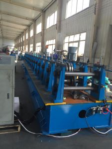 High Accuracy and High Speed Automatic Roll Forming Machine for Rain Gutter pictures & photos