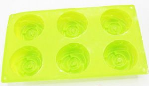 Flower Shape Silicone Cake Mould pictures & photos
