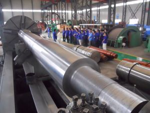 High Quality Max Diameter 2m Forged Roller Shaft pictures & photos