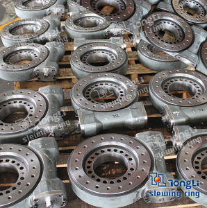 Heavy Machine Open Typed Worm Gear Slewing Drive with SGS pictures & photos