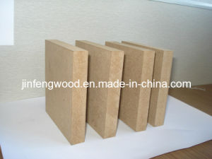 100% Poplar 1220*2440*16mm Plain MDF E2 Glue pictures & photos