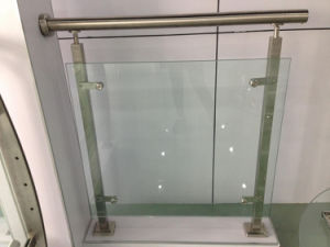 High Quality Stainless Steel Glass Railing pictures & photos