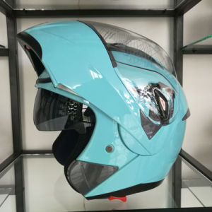 Factory Wholesale Cheap Price Double Visors Flip up Motorcycle Helmets pictures & photos