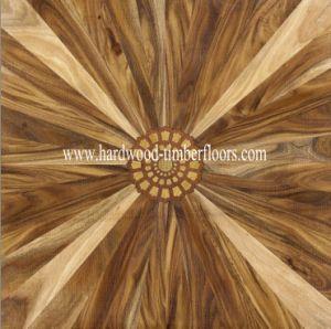 Walnut Veneer Art Parquet Wooden Flooring pictures & photos