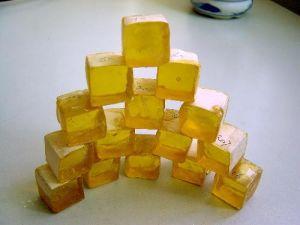 Manufacturer Price WW Grade Gum Rosin pictures & photos