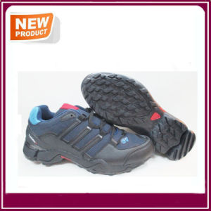 Fashion Breathable Sneakers Outdoor Sports Shoes Hot Sale pictures & photos
