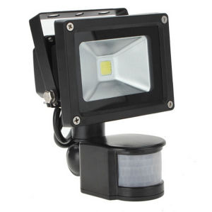 10W IP65 85-265V PIR Motion Sensor with IR Controller LED Floodlight pictures & photos