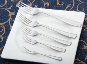 Mirror Polished Stainless Steel Cutlery for Tableware (B07) pictures & photos
