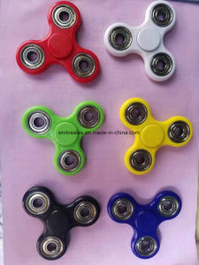 2017 Newest Products Hand Spinner Fidget Toy with Stainless Steel Hybrid Ceramic Bearings 608 pictures & photos