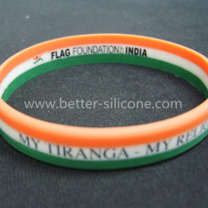 Personalized Colorful Striped Silicone Bracelet pictures & photos
