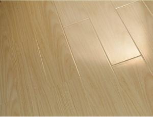 Best Quality Synchronized Walnut Laminate Flooring pictures & photos
