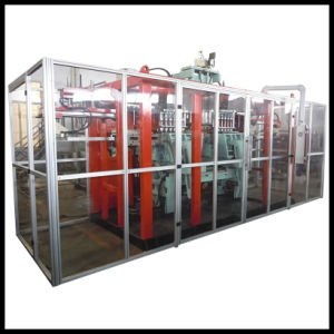 Jerrycan Extrusion Blow Molding Machine pictures & photos