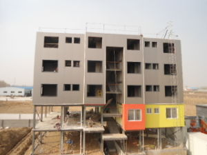 Galvanized Prefabricated Steel Frame Workshop (Steel Structure Construction) pictures & photos
